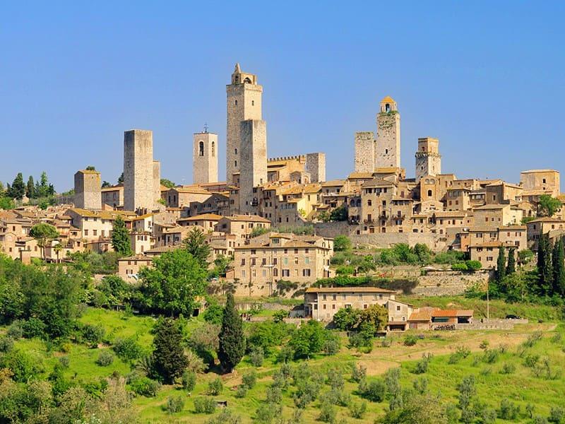 San Gimignano as a base in Tuscany
