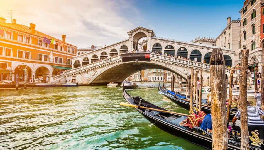 The Best Tour of Italy, an Itinerary through Italy Best Destinations